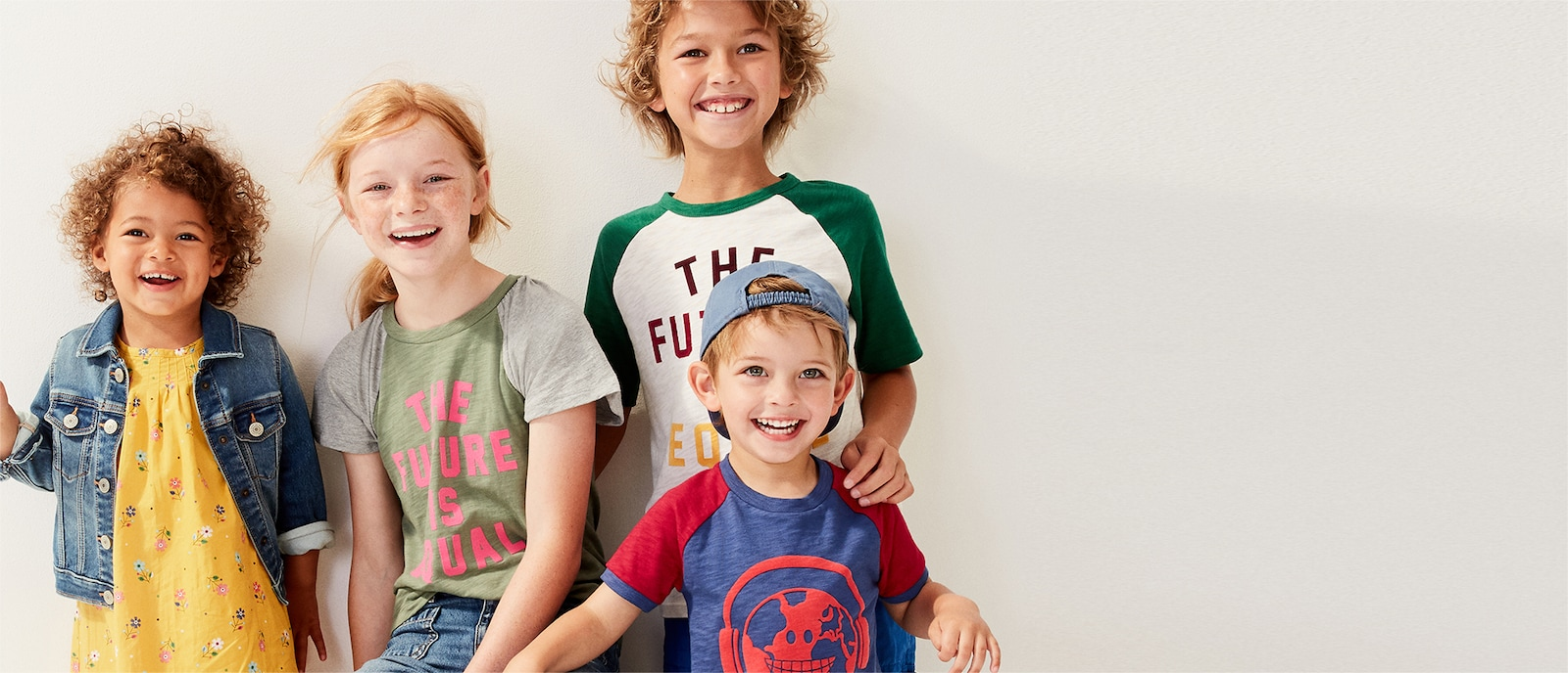 0f9e6560eb8bb Shop Women, Men, Maternity, Baby & Kids Clothes Online | Gap