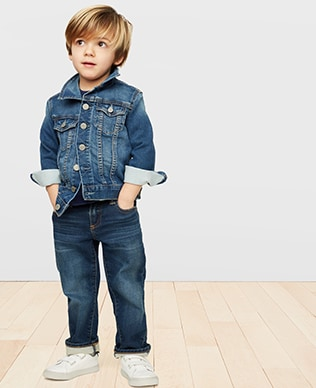 Toddler Boys Denim Shop, Straight: Straight fit through the hip and leg.