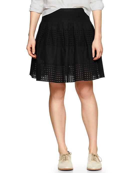 Pleated Eyelet-stripe Skirt
