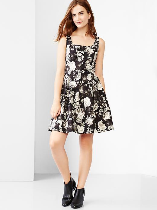 Tank fit & flare dress