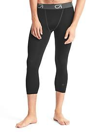Compression layer three-quarter pants