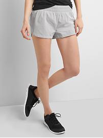 gSprint stripe shorts