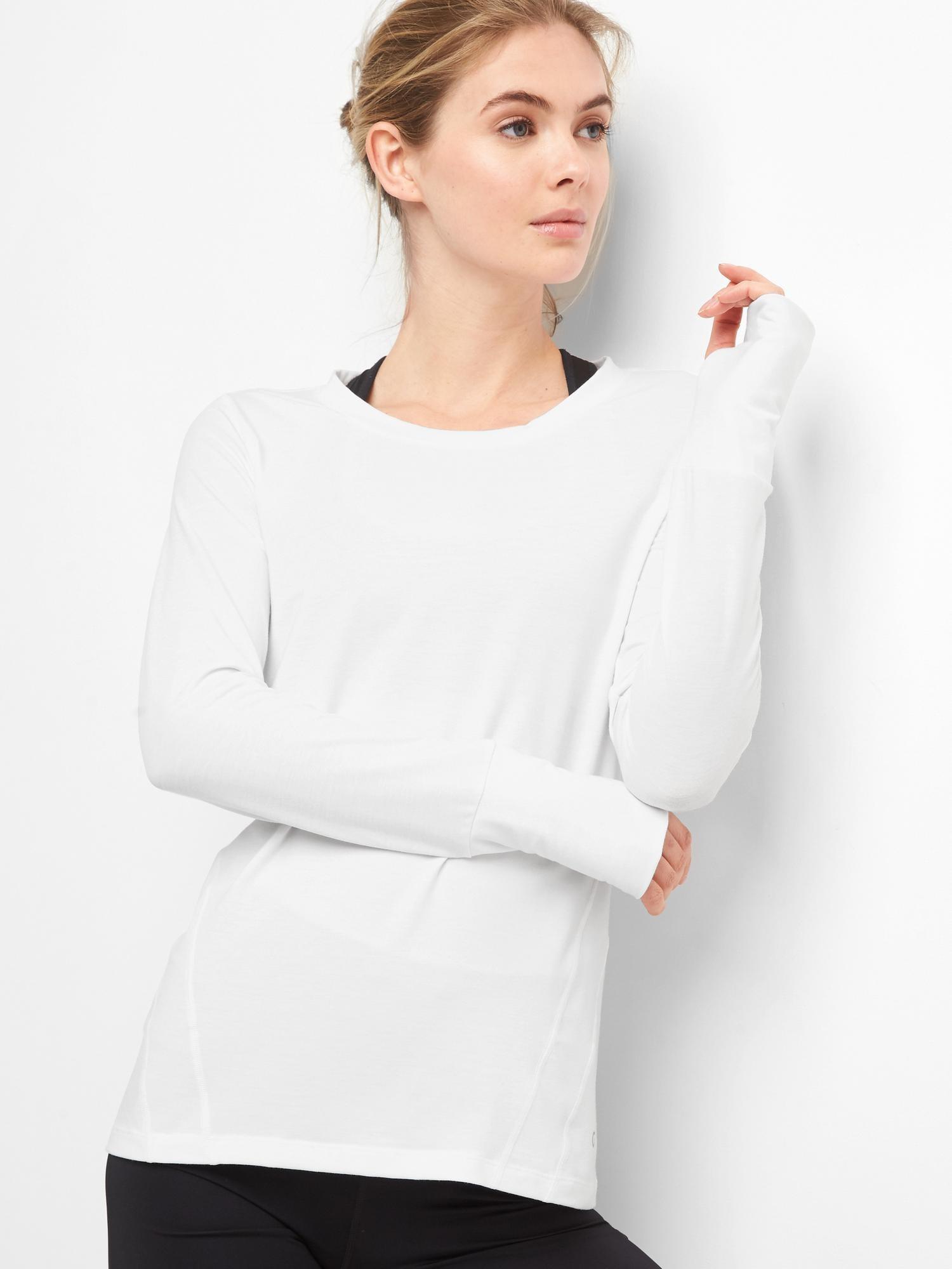 f4cc8a52c61 GapFit Breathe Long Sleeve T-Shirt