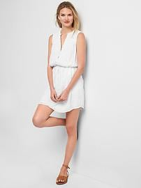 Sleeveless eyelet shirtdress
