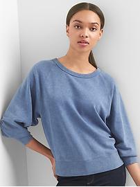Raglan crewneck pullover