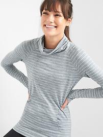 Stripe mockneck raglan pullover