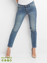Mid Rise Real Straight Jeans in Medium Vintage Wash