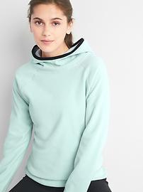 GapFit PrimaLoft&#174 fleece pullover