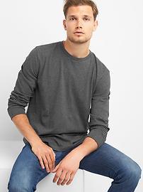 Essential Long Sleeve Crewneck T-Shirt