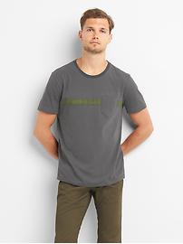 T-shirt à poche ras du cou à rayures sur la poitrine