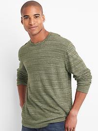 T-shirt ras du cou à manches longues en tricot moelleux