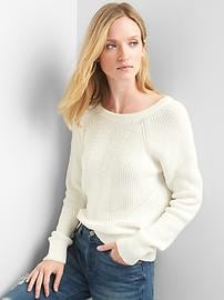 Back-strap ribbed sweater