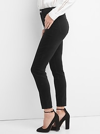 Washwell Super High Rise True Skinny Curvy Jeans