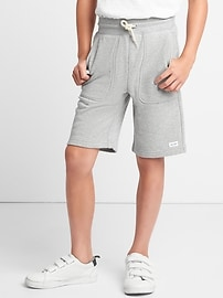 Pull-on terry shorts
