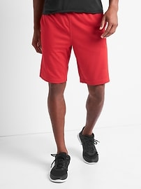 "GapFit 9"" Core Mesh Shorts"