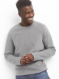Fleece raglan crewneck sweatshirt