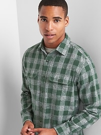 Heathered flannel gingham standard fit shirt