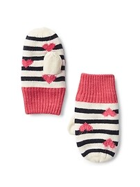 Heart and stripe mittens