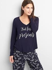 T-shirt de nuit à col en V en modal