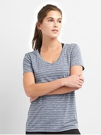 T-shirt à col enV et à rayures respirant