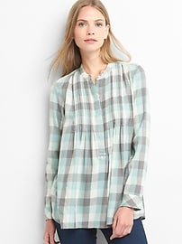 Plaid pintuck long sleeve shirt