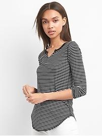 Stripe split neck long sleeve tee