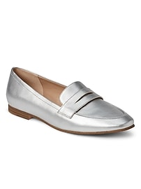 Soft leather loafer