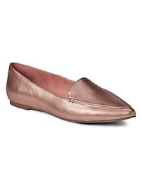 Metallic pointed loafer