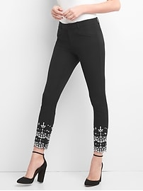 Signature Skinny Ankle Pants with Eyelet Embroidery