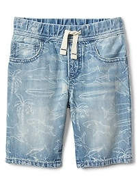"6"" Shark Graphic Pull-On Shorts"