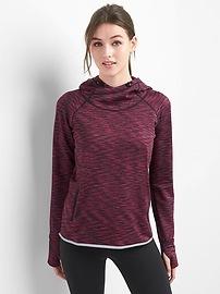 GapFit Orbital reflective fleece hoodie