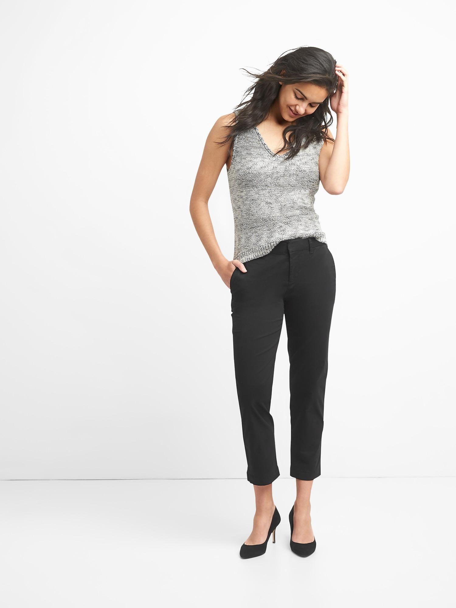 Gap Women/'s Black Slim City Crop Chinos Size 6 Petite