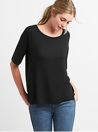 Softspun Scoop Neck T-Shirt