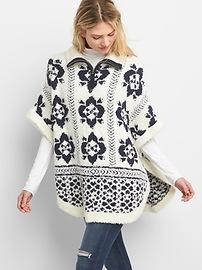 Poncho en tricot duveteux imprimé avec mi-glissière