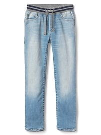 Pull-On Straight Jeans with Stretch