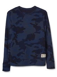 T-shirt à revers double, à imprimé camouflage