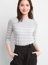 Pullover Boatneck Sweater
