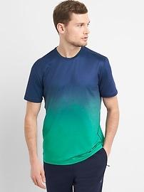 T-shirt GapFit sport ombré