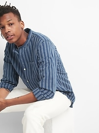 Standard Fit Band Collar Shirt in Linen-Cotton