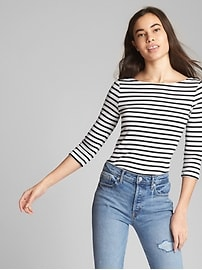 T-shirt moderne à manches aux coudes avec encolure ballet au dos en coton SupimaMD