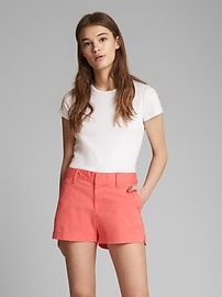 Short « 3 » extensible à taille mi-haute, coupe girlfriend