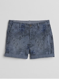 "5"" Girlfriend Chino Shorts with Floral Print"