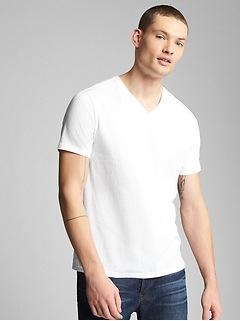 Le nouveau T-shirt à encolure en V