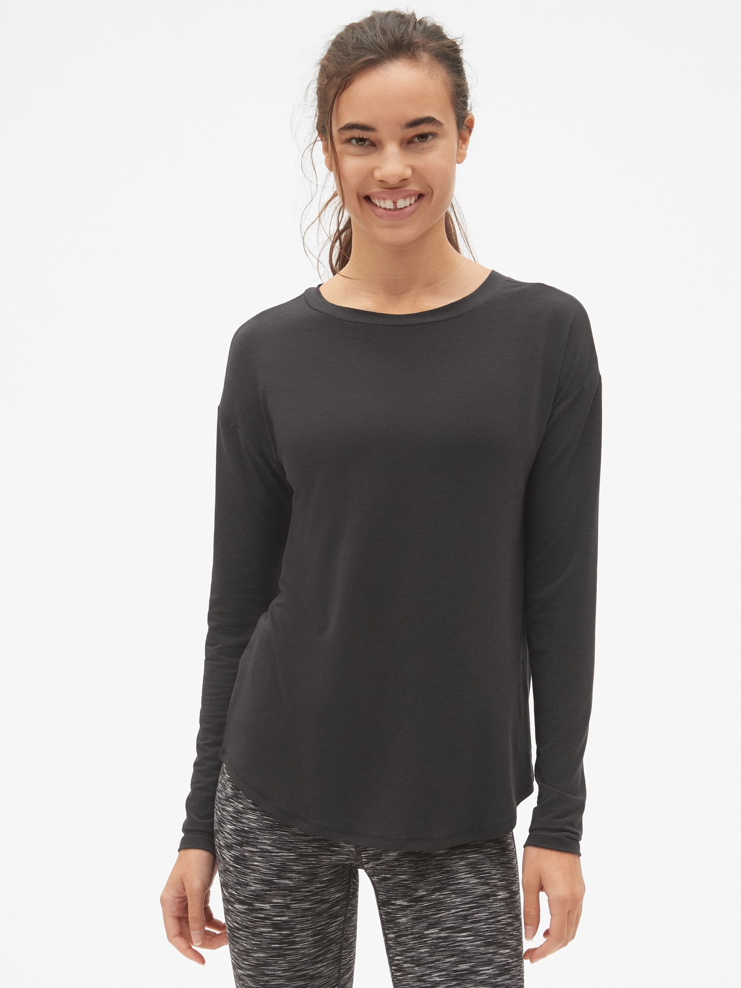 22e59fa56ae GapFit Breathe Long Sleeve Lace-Up Back T-Shirt