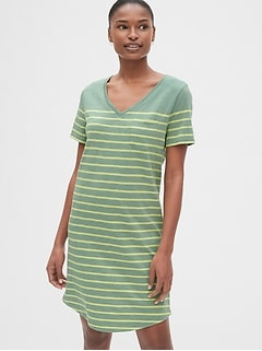Stripe Relaxed V-Neck Pocket T-Shirt Dress