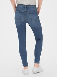 Mid Rise True Skinny Jeans in Sculpt With Washwell&#153