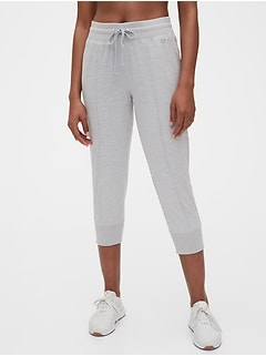 GapFit Brushed Jersey Crop Jogger