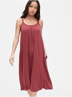 Scoopneck Pleated Midi Dress