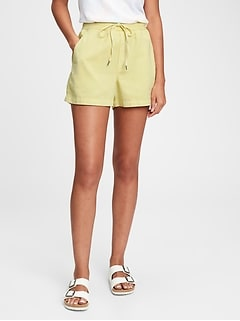 Pull-On Shorts with Washwell™